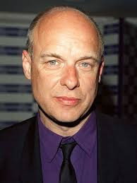 Komponisten Brian Eno er blandt de britiske kunstnere, som har besluttet sig for at boykotte Israel.
