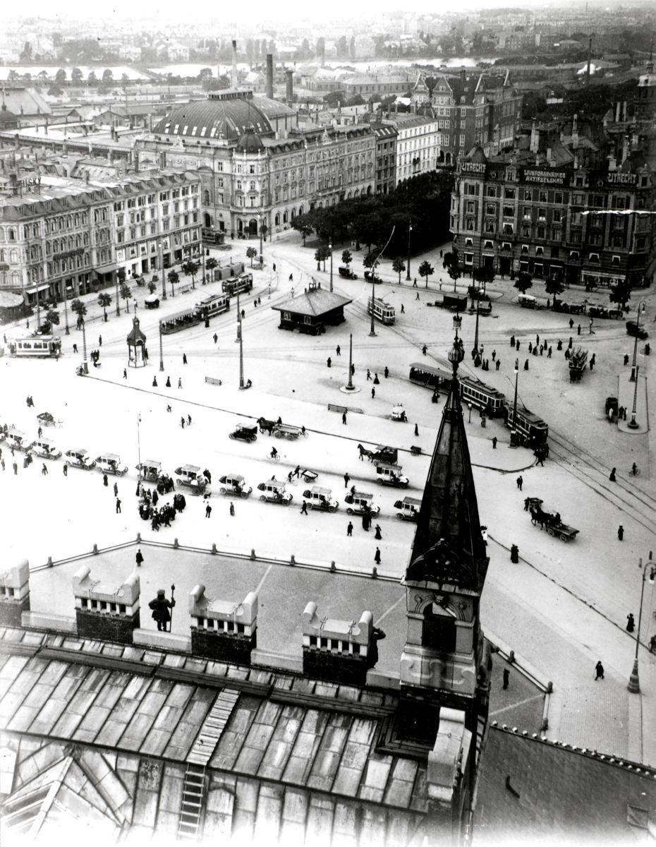 Udsigt fra Rådhustårnet - i 1912.